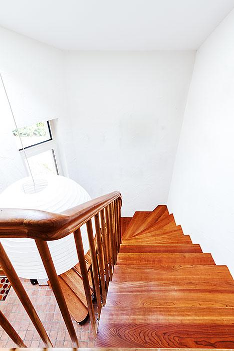 treppenbau in aachen eben holz schreinerei aachen werkstatt f r massivholzbearbeitung. Black Bedroom Furniture Sets. Home Design Ideas